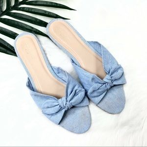 Ann Taylor Blue chambray bow flats